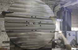 Обработка планшайбы диаметром 2000 мм, фрезеровка, расточка отверстий